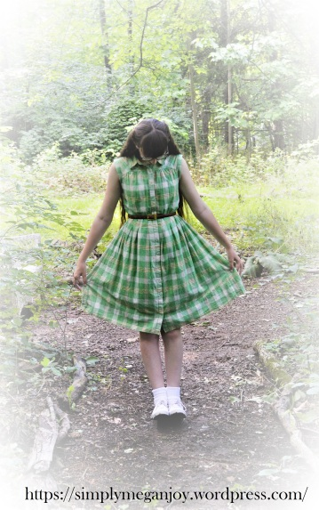 Schoolgirl in Summertime - simplymeganjoy.wordpress.com 3.JPG