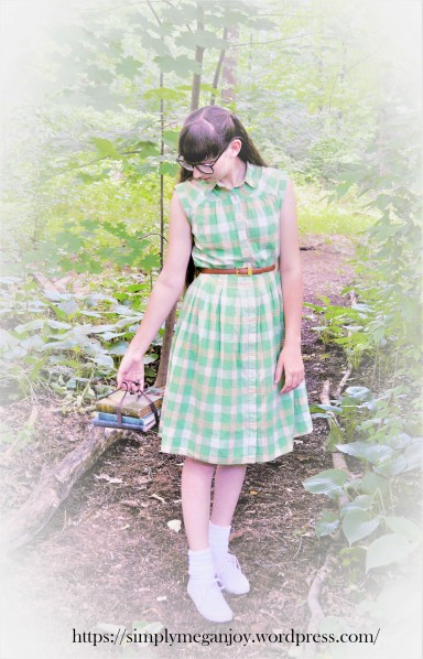 Schoolgirl in Summertime - simplymeganjoy.wordpress.com 7.JPG