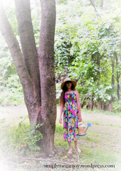 SIY (Sew It Yourself) - Gardening Dress simplymeganjoy.wordpress.com 2