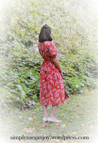 1940s Red Floral Frock - simplymeganjoy.wordpress.com 2