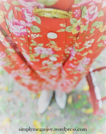 1940s Red Floral Frock - simplymeganjoy.wordpress.com 7