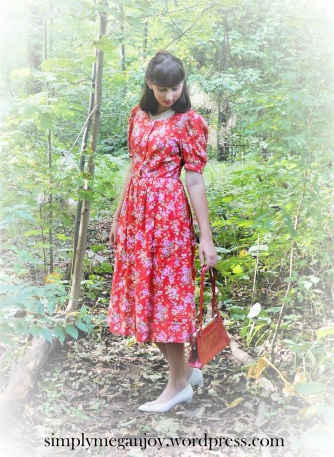 1940s Red Floral Frock - simplymeganjoy.wordpress.com 8